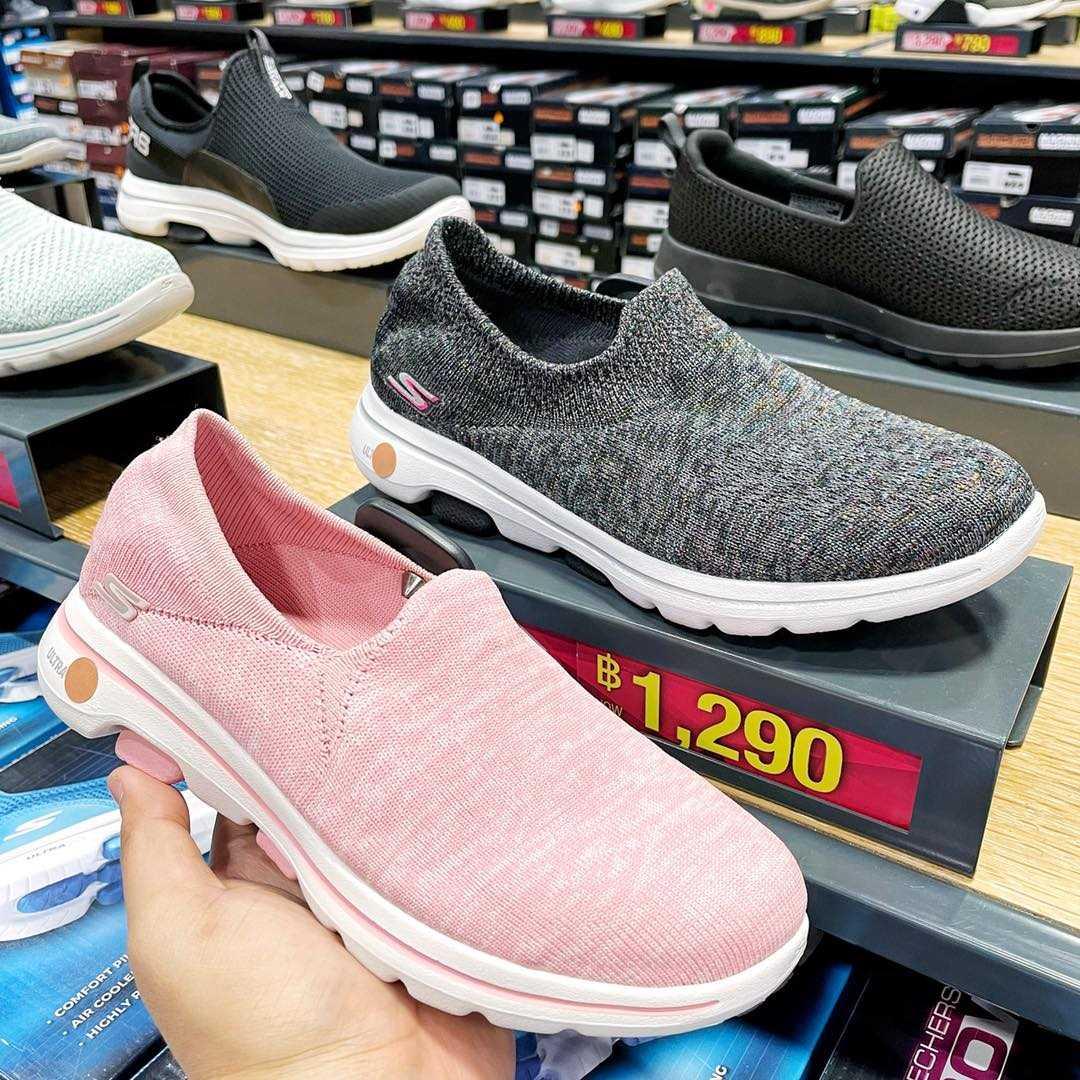 รองเท้า Skechers ลดราคา 2564