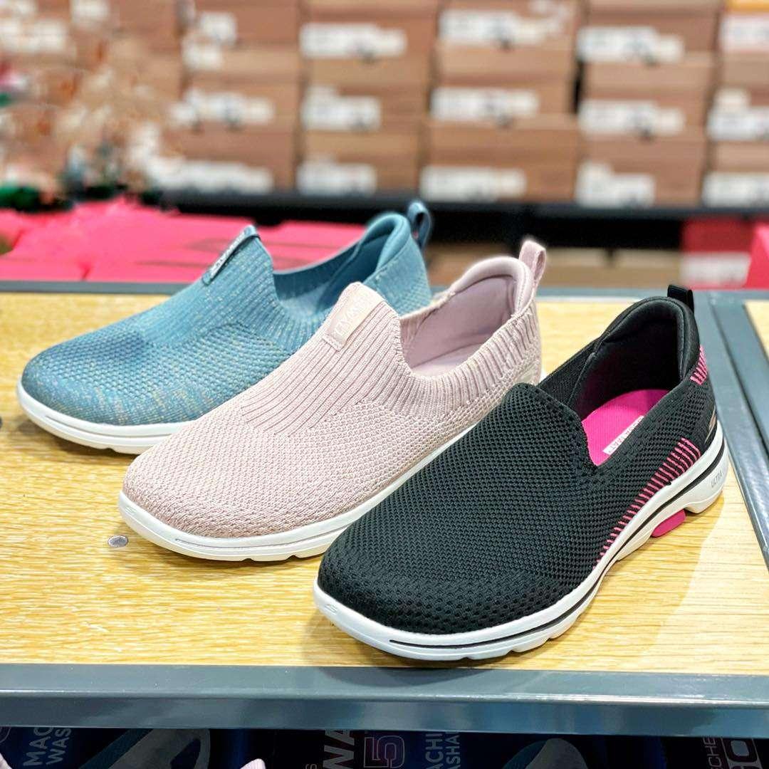 รองเท้า Skechers 2564