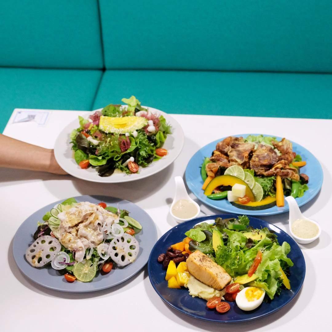 Crunch salad & steak